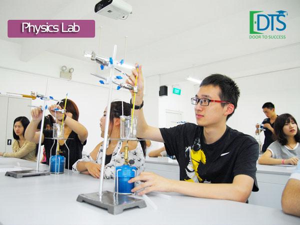 Học viện EASB tự hào có trang thiết bị học tập hiện đại