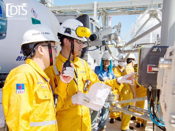Khóa học kỹ sư dầu khí tại Đại học APU Malaysia